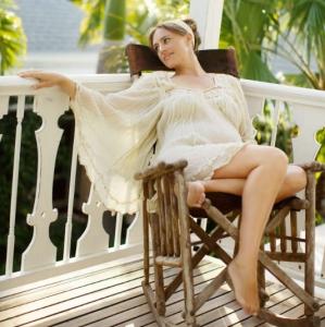 Fleur de Lys Villa Balcony Maternity Rocking Chair