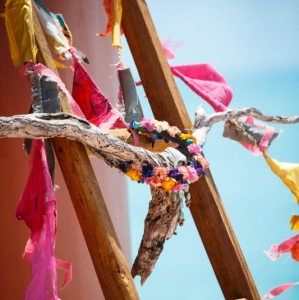 Bajacu Bohemian driftwood skull and gypsy flags