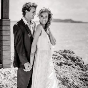 Bajacu Bohemian bride and groom by the sea b&w
