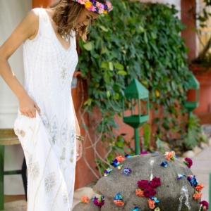 Bajacu Bohemian footbath fountain flowers