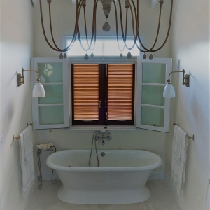 cotton-house bath