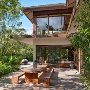 Donna Karan Sanctuary Parrot Cay Exterior Dining