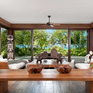 Donna Karan Sanctuary Parrot Cay Lounge Library