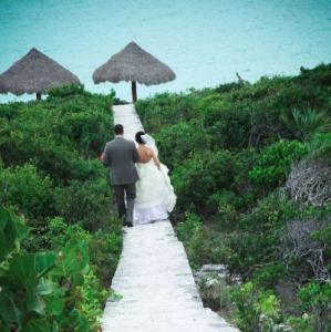 Bajacu Wedding Couple by the Sea