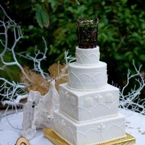 Wedding Cake by Diane Guess