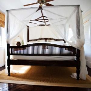 Point Grace Cottage Bedroom