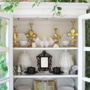 cabinet-display Fleur De Lys Villa