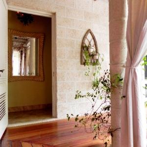 powder-room Fleur De Lys Villa