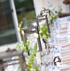 Contemporary tablescape lanterns and florals