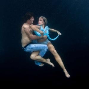 david-gallardo-underwater-fashion-10