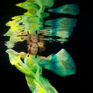 david-gallardo-underwater-fashion-12