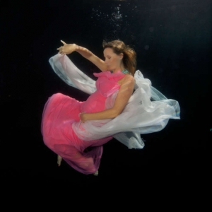 david-gallardo-underwater-fashion-4