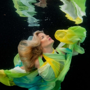 david-gallardo-underwater-fashion-7