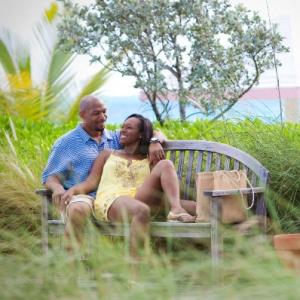 Resort couple garden bench