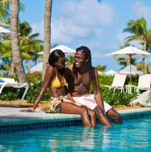 Resort couple pool