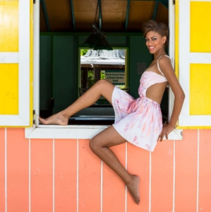 Discover 2013 Fashio Turks and Caicos Tropical Imaging flirty color look