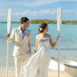Well Read Rustic Wedding Styled Shoot Beach Rowboat Oars