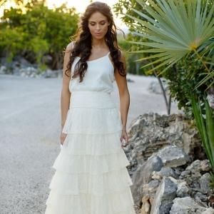 Well Read Rustic Wedding Styled Shoot Garden Bride