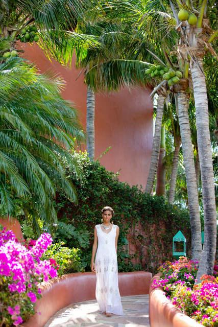 Bajacu lush gardens