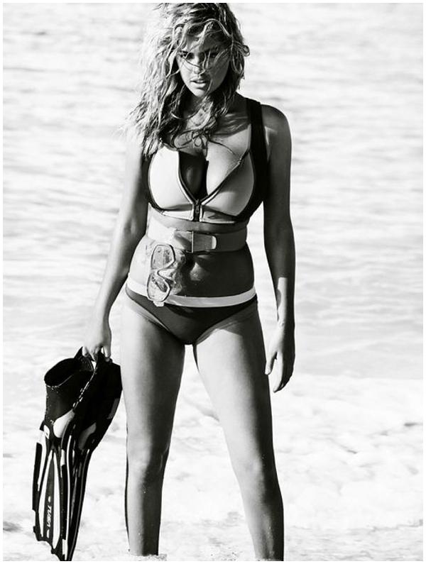 Kate-Upton-Vogue-Mario-Testino-0003